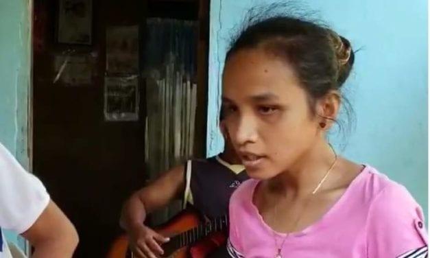 Δεν γνωρίζει αγγλικά, δεν πήγε ποτέ σχολείο, γεννήθηκε τυφλή, αλλά…